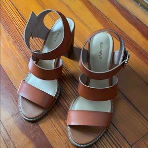Old Navy triple strap sandal heels